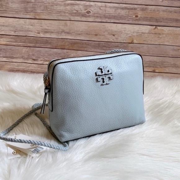 Tory Burch Handbags - Tory Burch Taylor Seltzer Leather Camera Bag